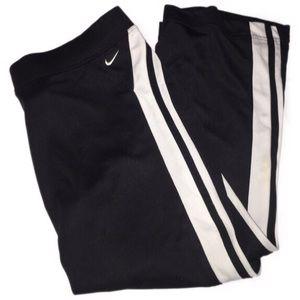 Nike dri-fit M short pants